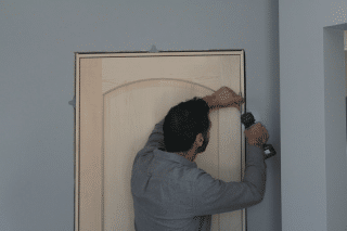 how to hang a door, step 3, hang it